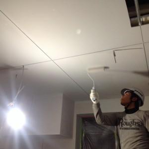 店舗天井塗装