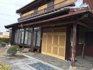 玄関木柱防腐処理