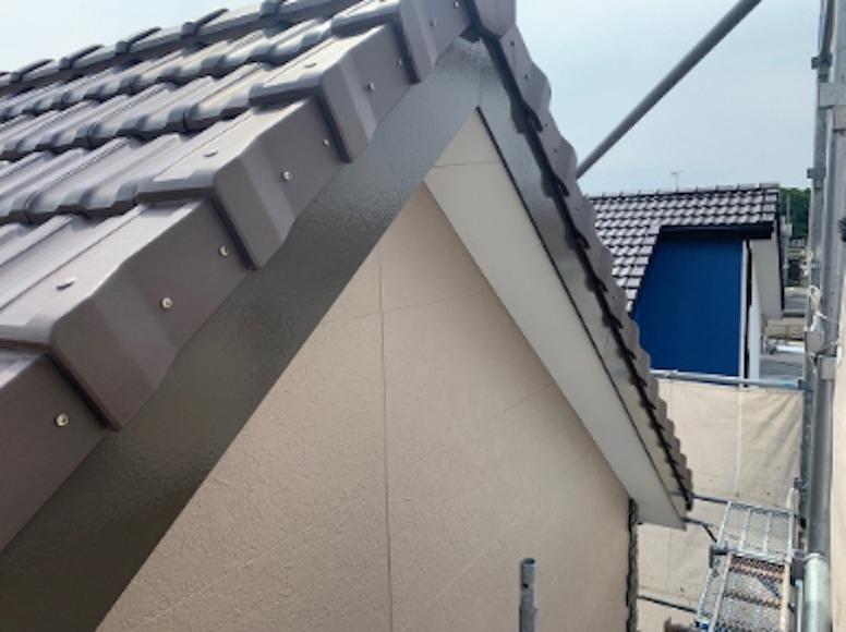 破風板塗装の完成