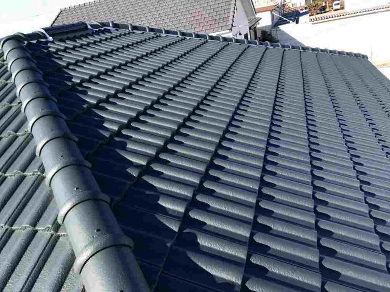 屋根塗装(セメント瓦)とは