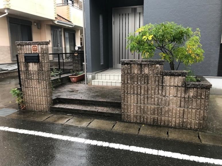 玄関回りの門壁なども洗浄
