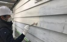 愛知県西三河西尾市安城市外壁塗装耐候性保護塗装屋根塗装色褪せ傷みひび割れクラック汚れ外壁上塗り1回目