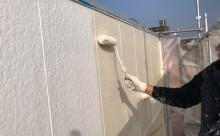 愛知県西三河東三河西尾市店舗外壁塗装屋根塗装外壁耐候性シリコン塗装屋根超低汚染遮熱シリコン塗装傷み汚れ割れクラック色褪せ欠け外壁施工写真中塗り