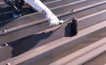 愛知県西三河東三河西尾市店舗外壁塗装屋根塗装外壁耐候性シリコン塗装屋根超低汚染遮熱シリコン塗装傷み汚れ割れクラック色褪せ欠け屋根施工写真上塗り