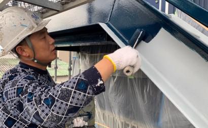 愛知県西三河東三河西尾市屋上防水工事鉄骨階段塗装工事マックスシールド汚れクラックひび割れメンテナンス施工写真鉄骨階段中塗り