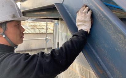愛知県西三河東三河西尾市屋上防水工事鉄骨階段塗装工事マックスシールド汚れクラックひび割れメンテナンス施工写真鉄骨階段ケレン
