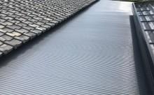 愛知県西三河東三河西尾市屋根塗装シリコン塗装汚れ錆色褪せ施工写真車庫屋根