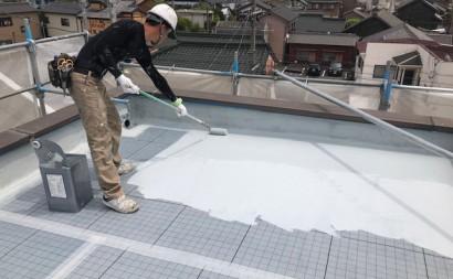 愛知県西三河東三河碧南市外壁塗装工事ウレタン防水工事通気緩衝工法雨漏りウレタン1回目