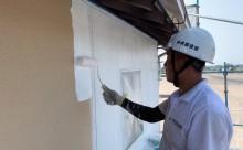 愛知県西三河東三河西尾市外壁塗装工事遮熱断熱セラミックガイナ塗装ベージュ外壁施工写真下塗り