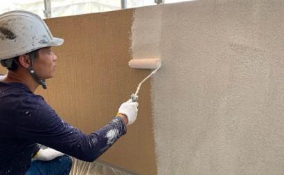 愛知県西三河東三河西尾市マンション塗替え外壁超低汚染遮熱シリコン塗装ミッドビスケット施工写真微弾性下塗り