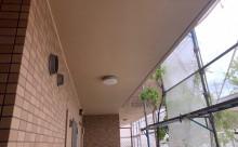 愛知県西三河西尾市マンション塗替え外壁超低汚染遮熱シリコン塗装ミッドビスケットタイル壁クリヤー塗装施工写真軒天汚れ現状