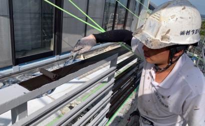 愛知県西三河東三河付帯部塗装工事手摺庇戸袋シリコン塗装鼻隠しフッ素塗装剥がれ割れ欠け汚れ施工写真手摺り中塗り