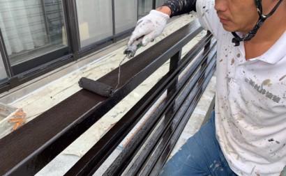 愛知県西三河東三河付帯部塗装工事手摺庇戸袋シリコン塗装鼻隠しフッ素塗装剥がれ割れ欠け汚れ施工写真手摺り上塗り