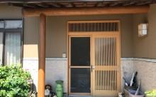 愛知県西三河東三河西尾市外壁塗装工事遮熱断熱セラミックガイナ塗装破風部切妻部塗装施工写真玄関周り木部