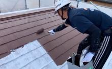 愛知県西三河東三河西尾市汚れ傷みメンテナンスカラーベスト屋根塗装アドグリーンコートEXクールブラウン汚れ苔施工写真中塗り