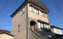 愛知県西三河東三河西尾市外壁塗装アステック超低汚染遮熱シリコン塗装カラーボンドベイジュ屋根塗装アドグリーンコートEXブラウン外観