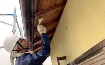 愛知県西三河東三河西尾市木造外壁塗装アステック超低汚染無機フッ素塗装オレンジホワイト傷み色褪せひび割れ汚れメンテナンス軒天木部施工手順カビ抜き漂白