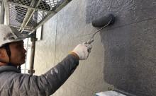 愛知県西三河東三河西尾市外壁塗装工事ベランダ防水工事アステック超低汚染遮熱シリコン塗装カラーボンドスレートグレーアクセント壁チャコールメンテナンス外壁施工手順上塗り