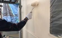 愛知県西三河東三河西尾市木造外壁塗装アステック超低汚染無機フッ素塗装オレンジホワイト傷み色褪せひび割れ汚れメンテナンス外壁塗装施工手順上塗り