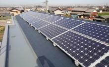 西尾市、太陽光パネル下、屋根塗装