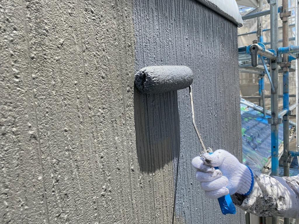 西尾市外壁塗装上塗り