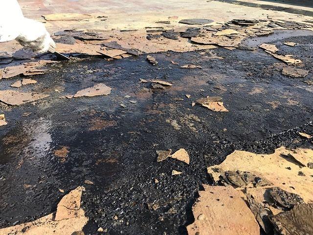 防水シート下の雨漏り症状