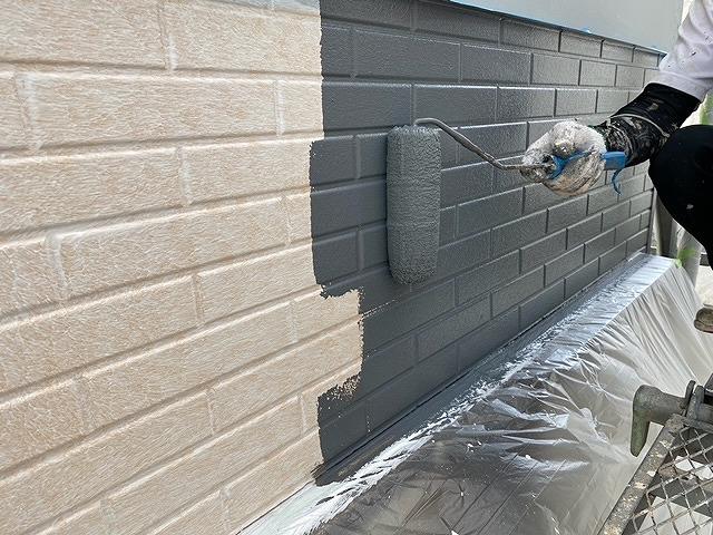 西三河 外壁塗装中塗り